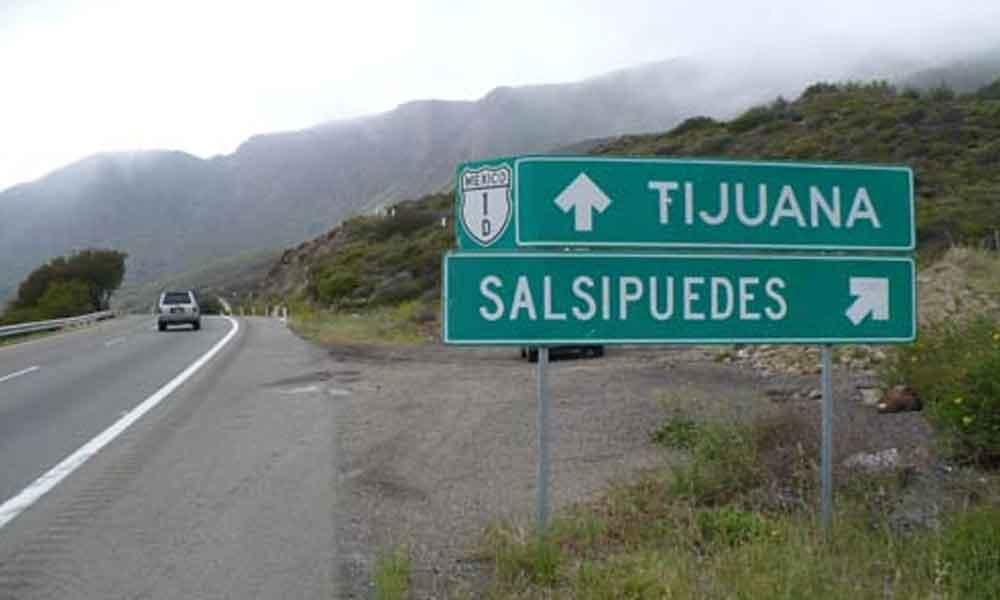 Hallan cabezas humanas sobre autopista Tijuana – Ensenada
