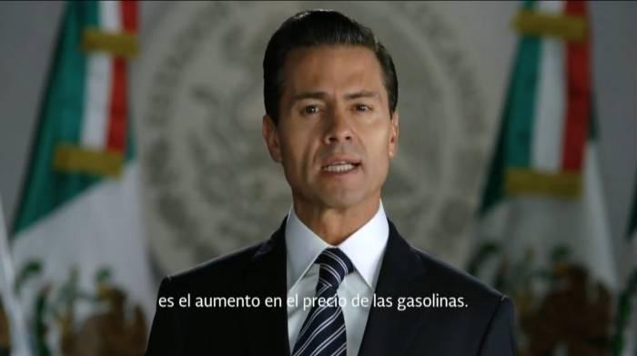 Peña dedica mensaje de año nuevo; defiende el gasolinazo