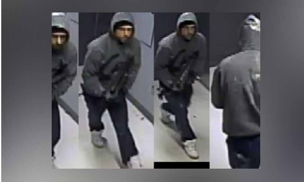 Hombre fue captado robando Laptops de Office Depot en La Mesa; Lo buscan