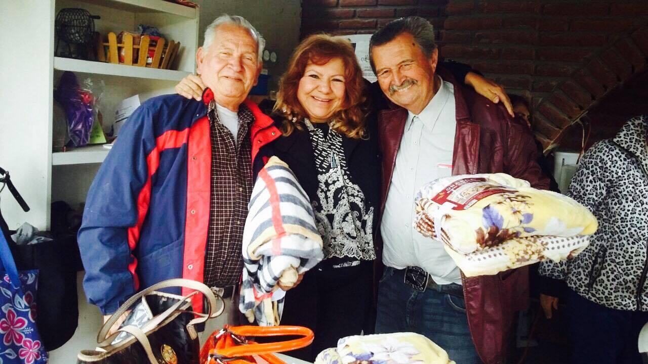 Visita Marina Calderón Clubes de la Alegría de Tecate
