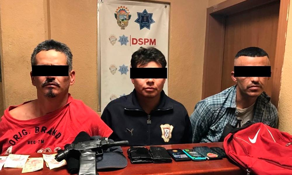Capturan a presuntos asaltantes de tienda Oxxo en colonia Juárez