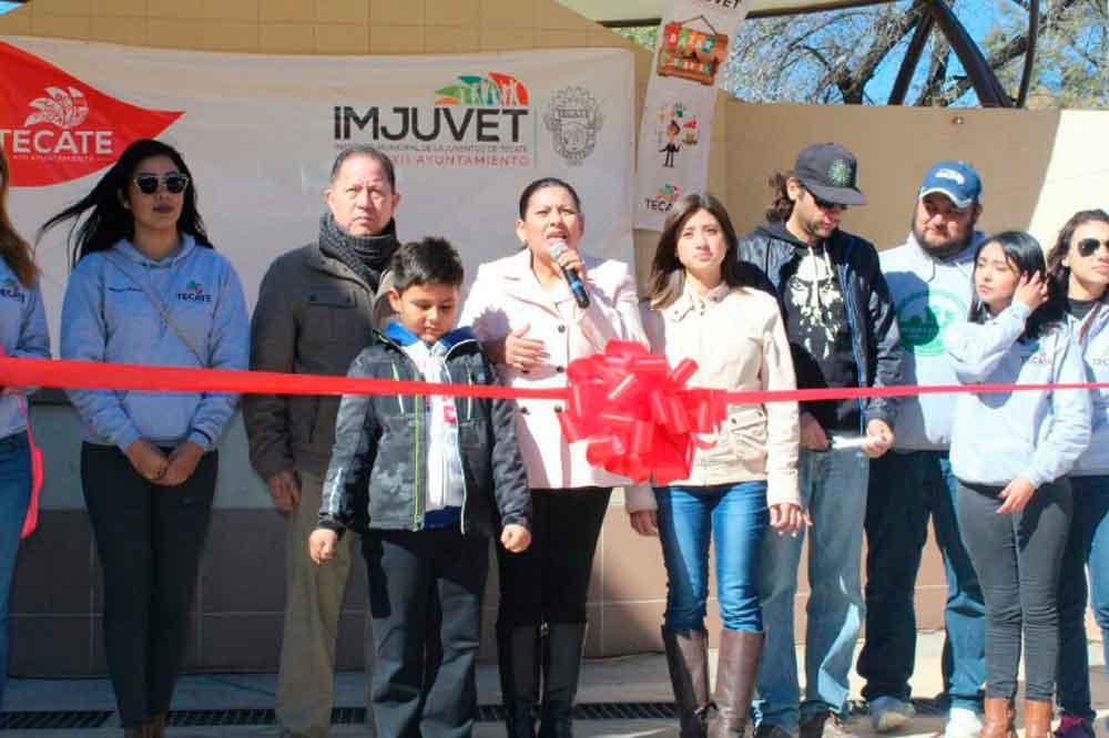 Realizan con éxito el Bazar de la Juventud en Tecate