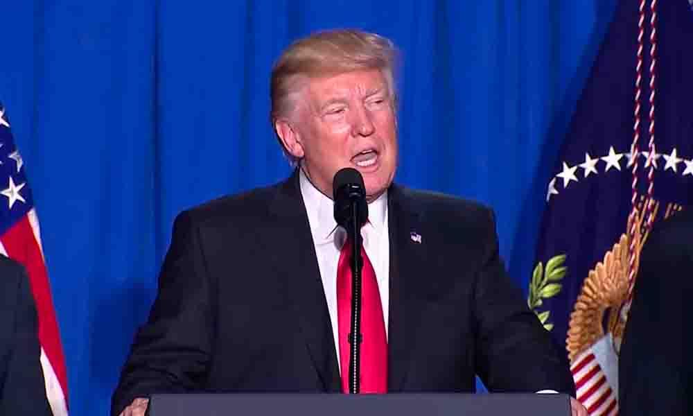 Trump quiere imponer impuesto de 20% a exportaciones desde México para financiar el muro