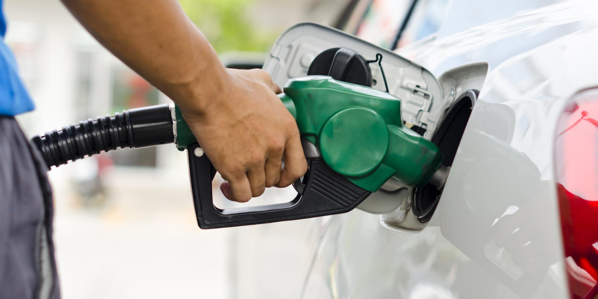 Hacienda rechaza disminuir impuesto a combustibles
