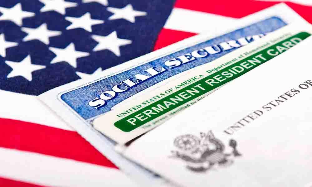 """La alerta sobre poseedores de """"green card"""" que genera confusión"""