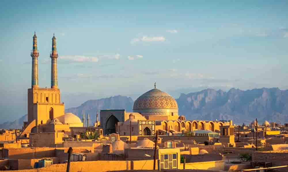 Irán responde a Trump; prohibirán a ciudadanos de EU entrar al país