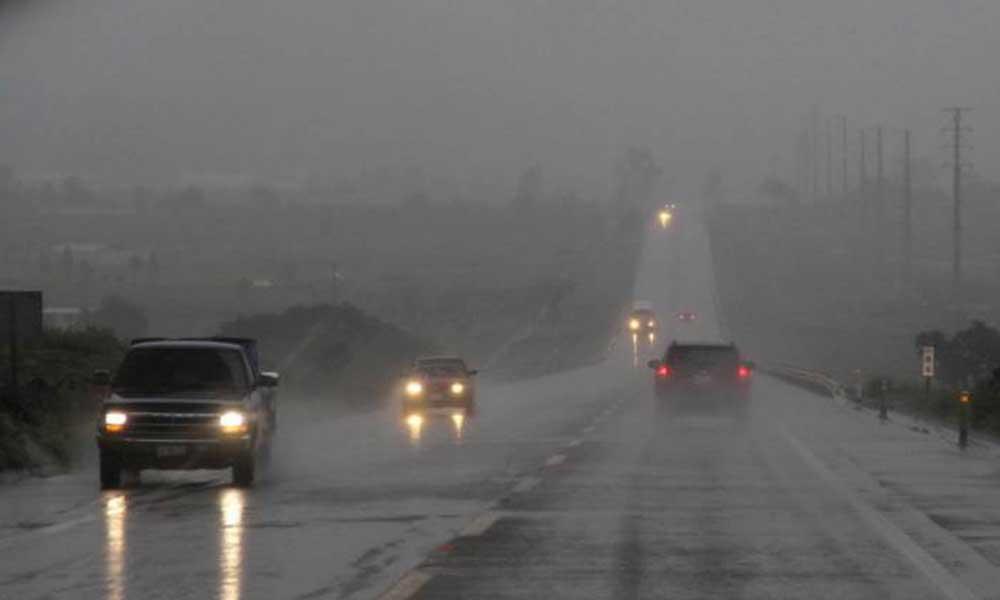 Continuarán lluvias hasta el martes en la mañana con vientos de hasta 80 km/hr