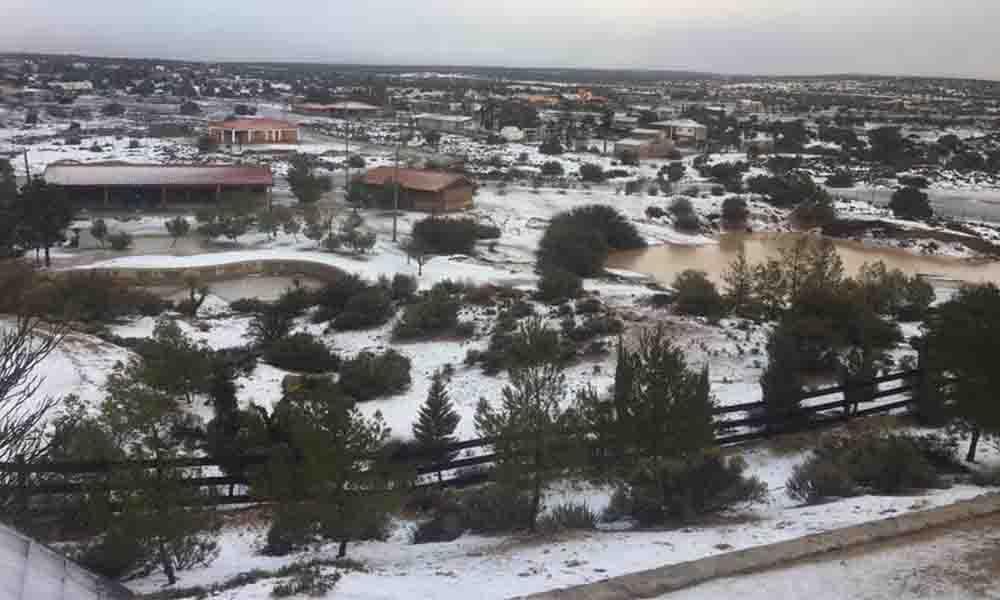 La Rumorosa se cubre con nieve esta mañana; probabilidad de aguanieve para el lunes
