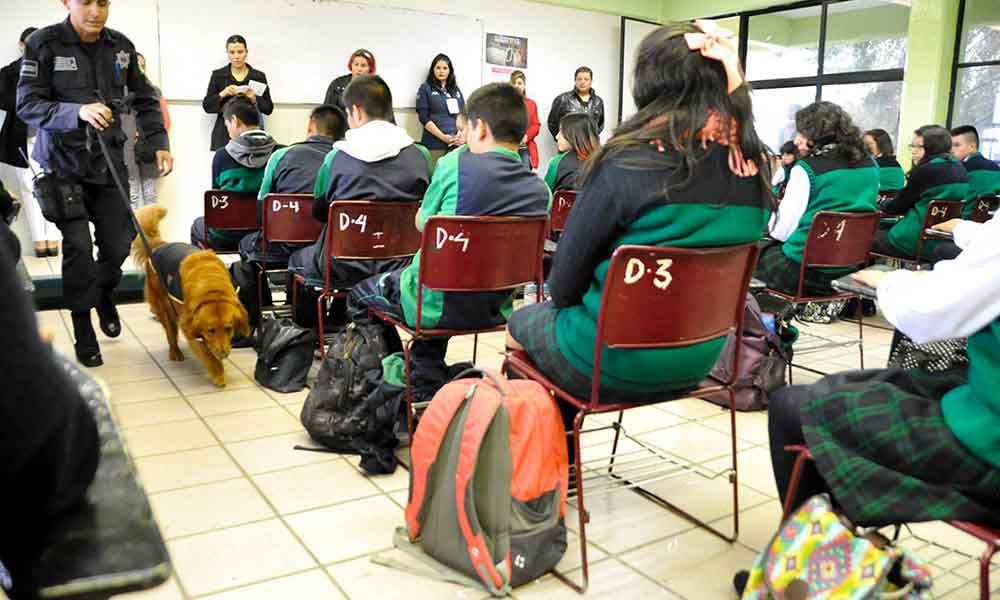 "Tras tiroteo en Monterrey, intensificarán ""Operativo Mochila"" en escuelas de México"