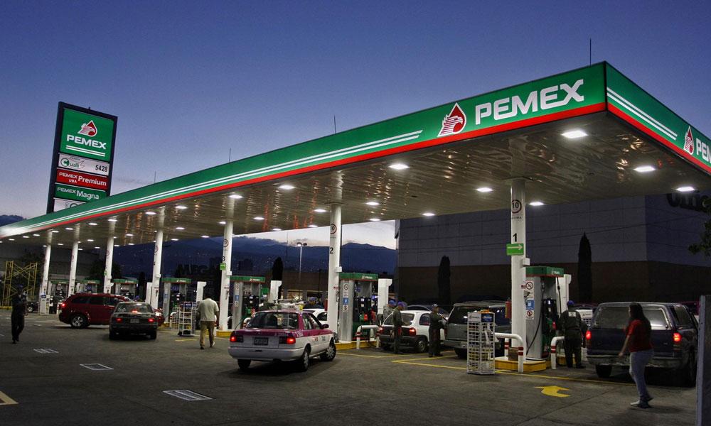 Hasta 50% de gasolineras suspenden actividades en 3 municipios de BC