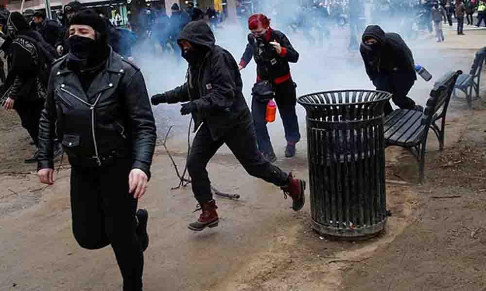 Al menos un centenar de detenidos en las protestas anti-Trump en Washington