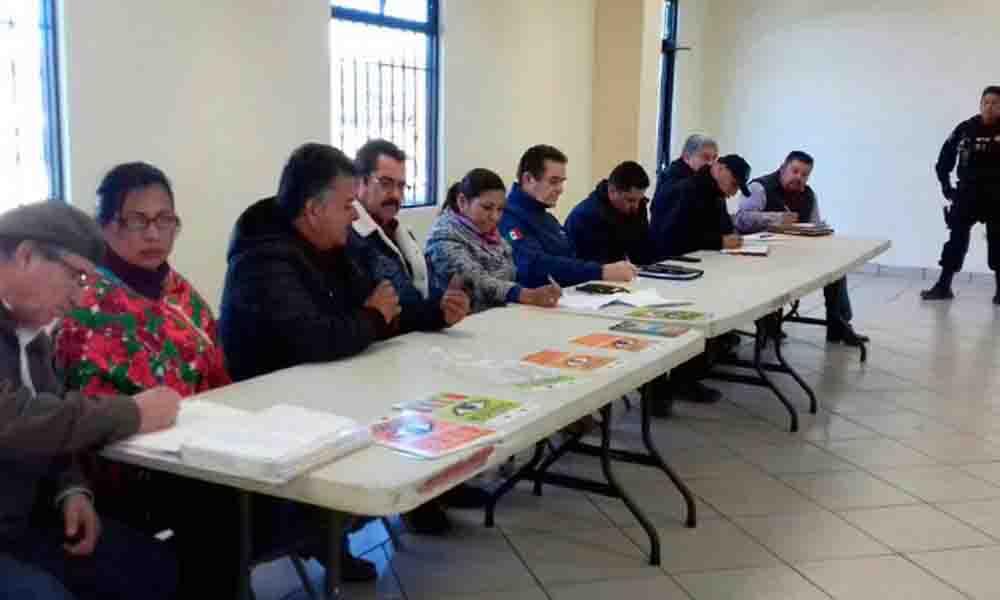 Atiende Alcaldesa de Tecate temas de seguridad ciudadana en La Rumorosa