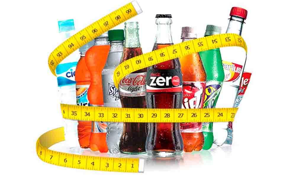 6 riesgos de tomar refresco de dieta
