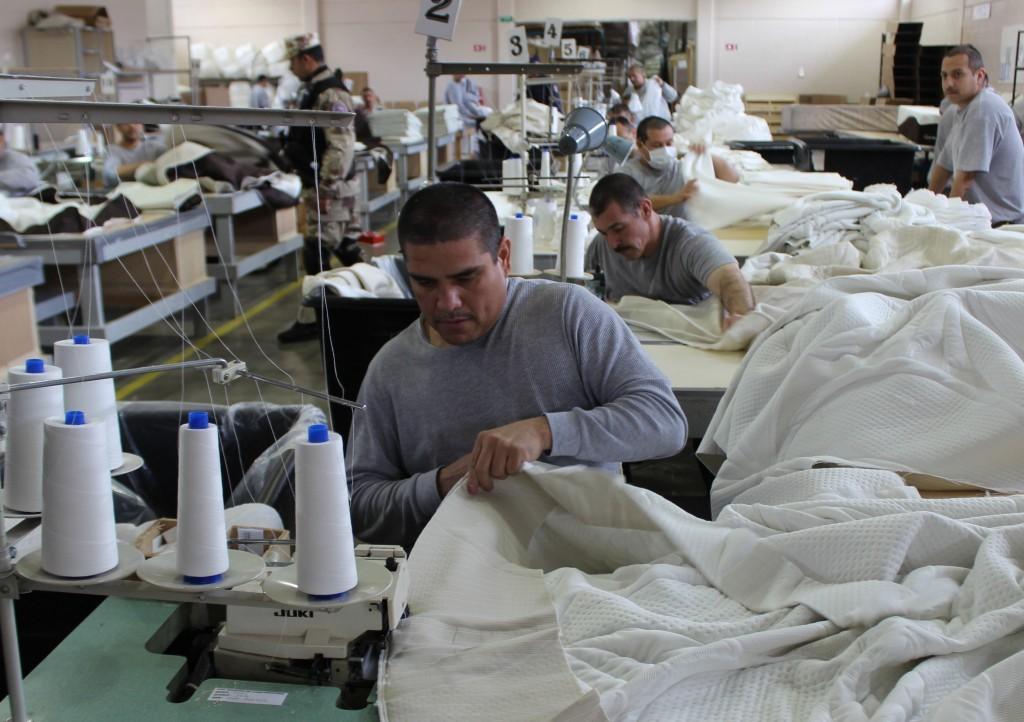 Favorecen talleres laborales proceso de reinserción de internos