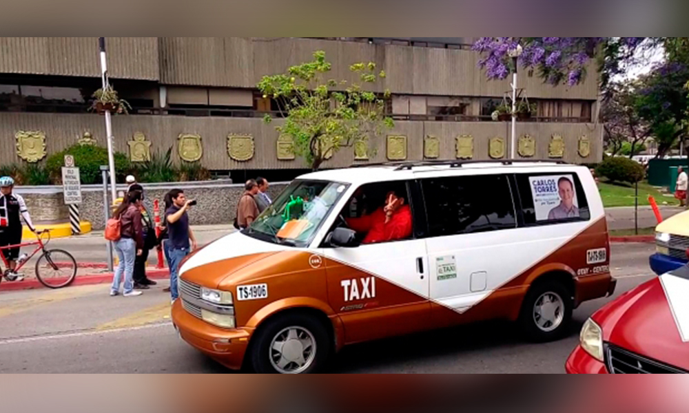 """""""Aumenten tarifa o habrá paro laboral"""": amenazan transportistas de Tijuana"""