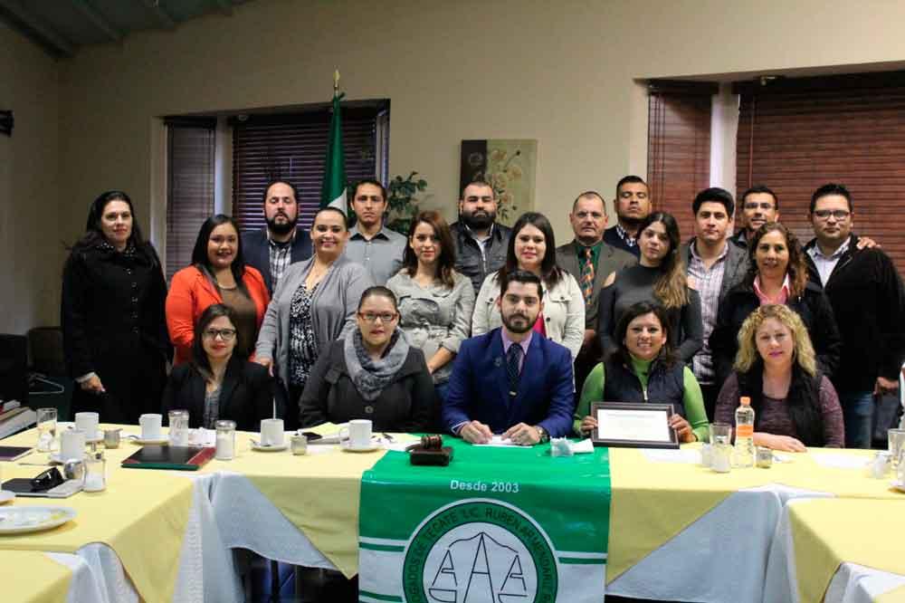Asiste Alcaldesa Nereida Fuentes a Sesión de la Barra de Abogados de Tecate