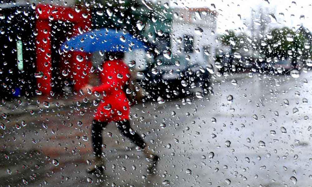 Caen 3 pulgadas de lluvia en Tecate durante el lunes