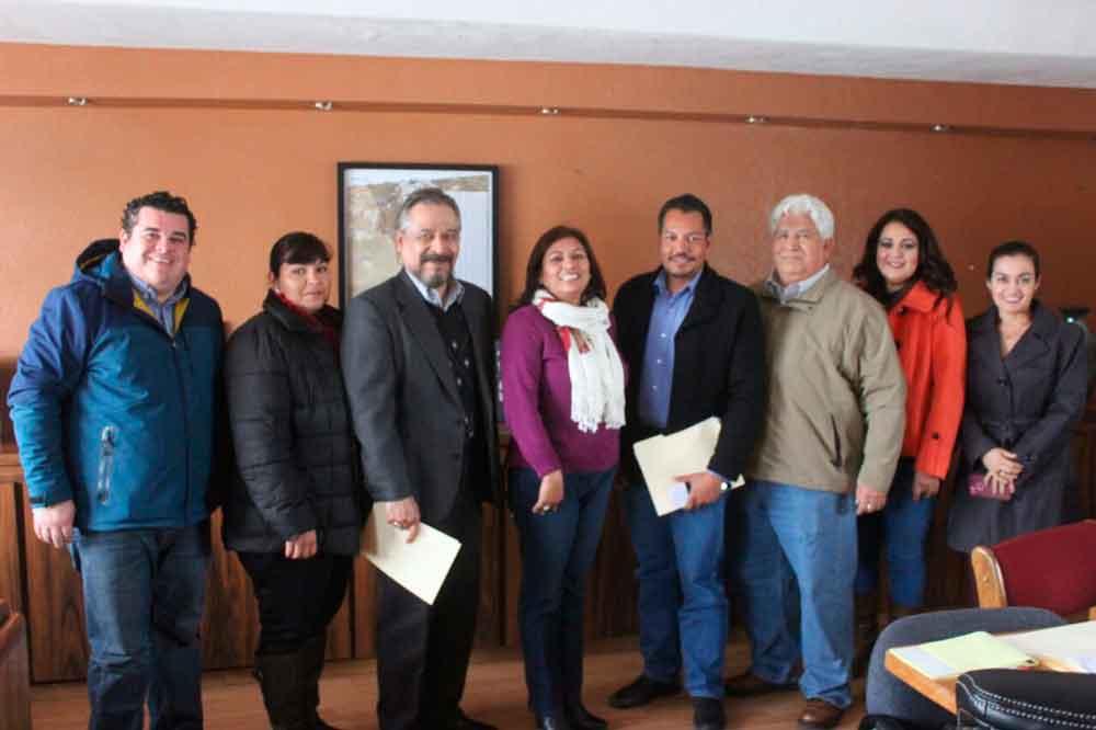 Integra Gobierno municipal Consejo de Participación Social en la Educación
