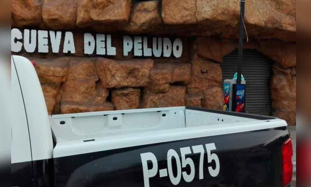 """Riña desata balacera en """"La Cueva del Peludo""""; muere uno y lesionan a tres"""
