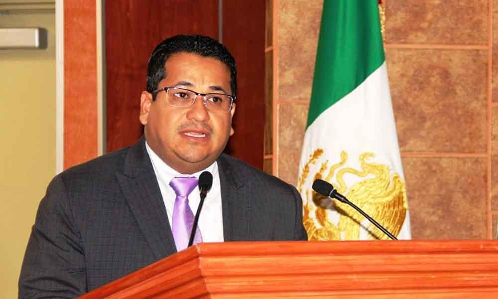 Aborda Benja Gómez tres ejes en el pleno legislativo