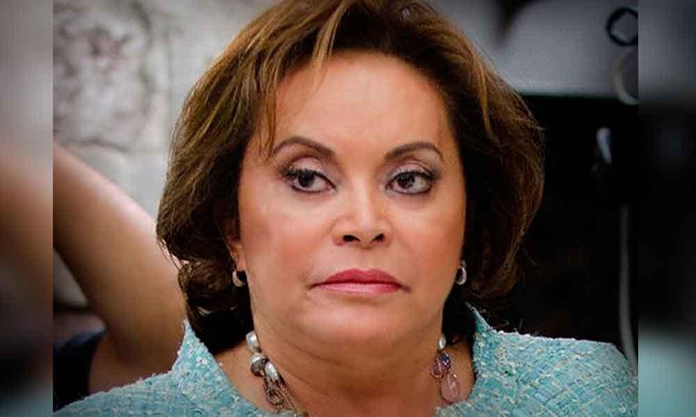 Elba Esther Gordillo irá a prisión domiciliaria; juez concede amparo