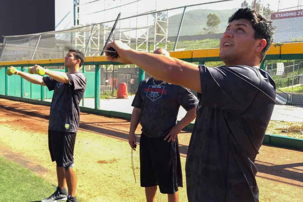 Edwin Quirarte reporta a entrenamientos avanzados