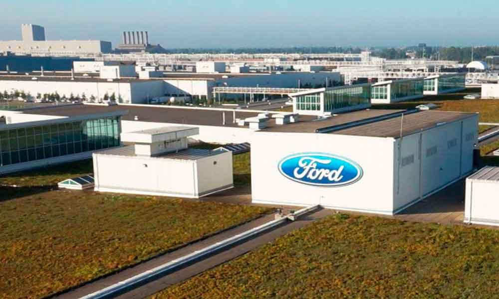 Ford se queda en México; abrirá dos plantas