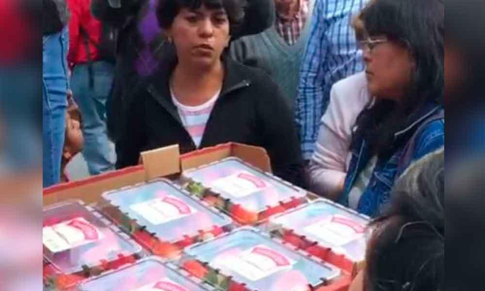 Rechaza EU una tonelada de fresas; la vende en México en una hora