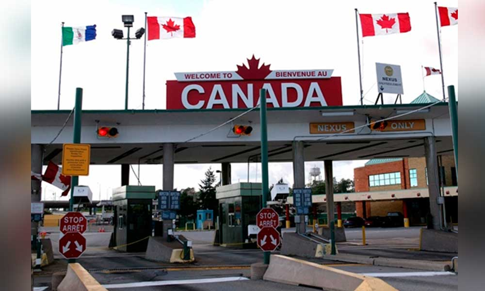 Inmigrantes desesperados se van de EU a Canadá