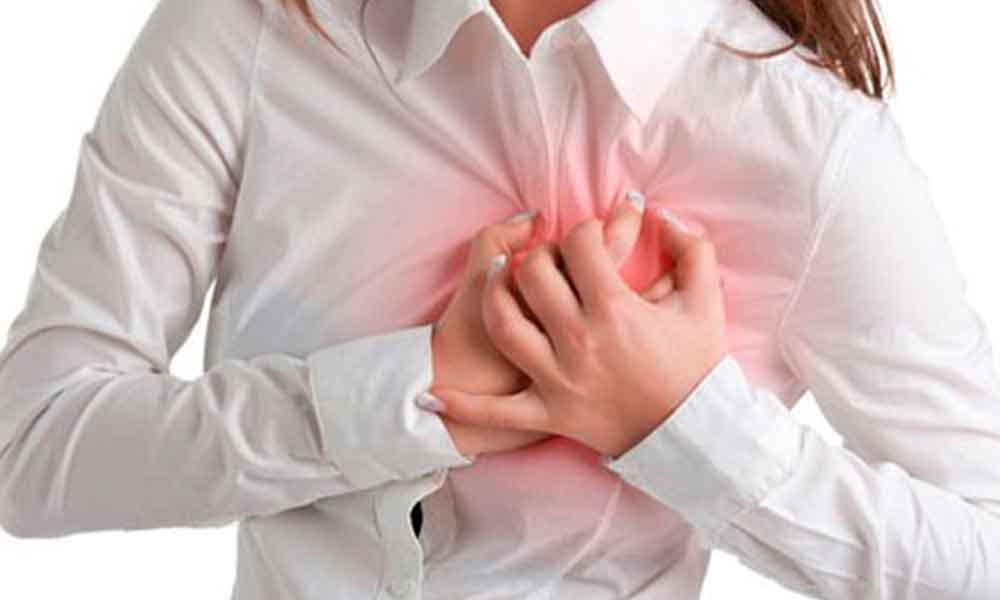 Síntomas en mujeres que podría ser señal de un ataque al corazón