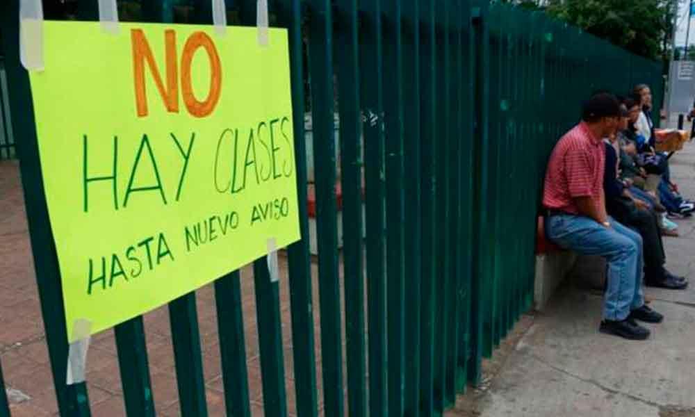 Cierran 148 escuelas de Sinaloa por violencia del narco