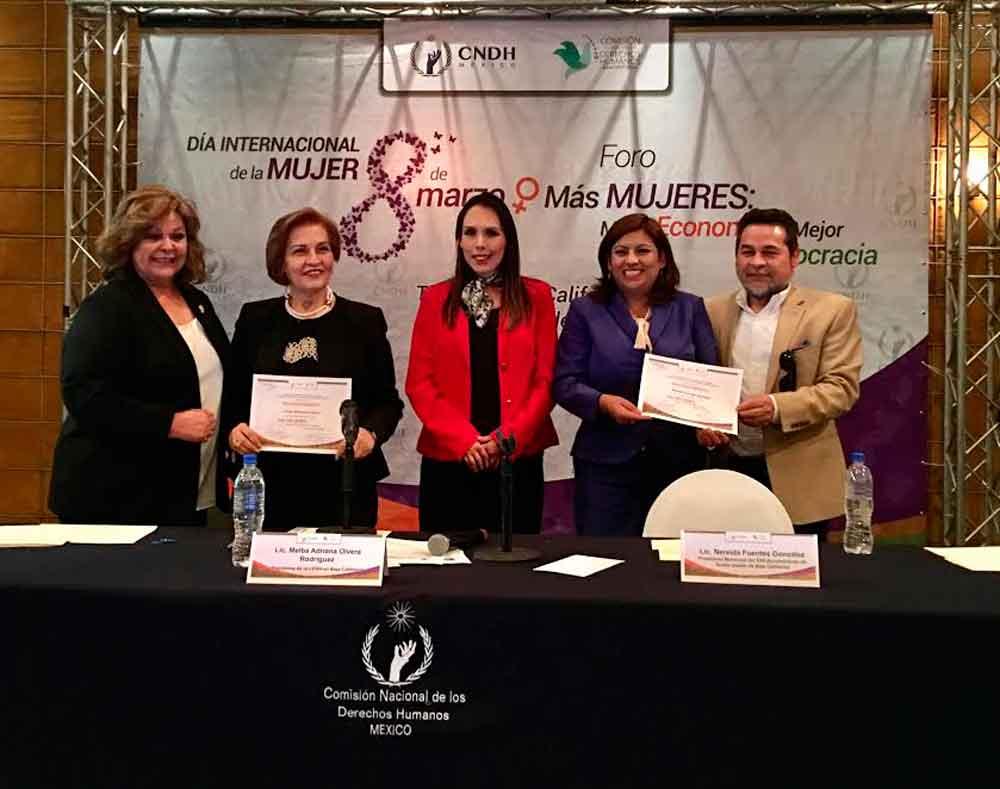 Participa Alcaldesa de Tecate en Foro de la Mujer