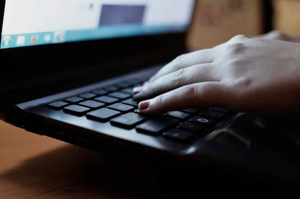 """Necesario atender en conjunto tema de """"Ciberbullying"""" en Baja California"""