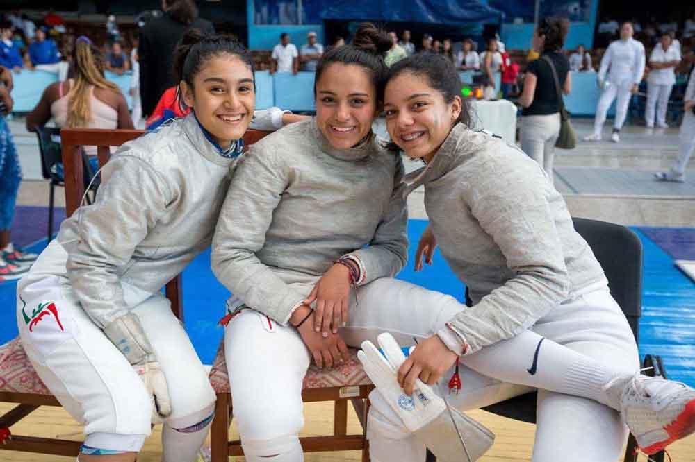 Esgrimistas de BC ganan oro y bronce en Panamericano en Cuba