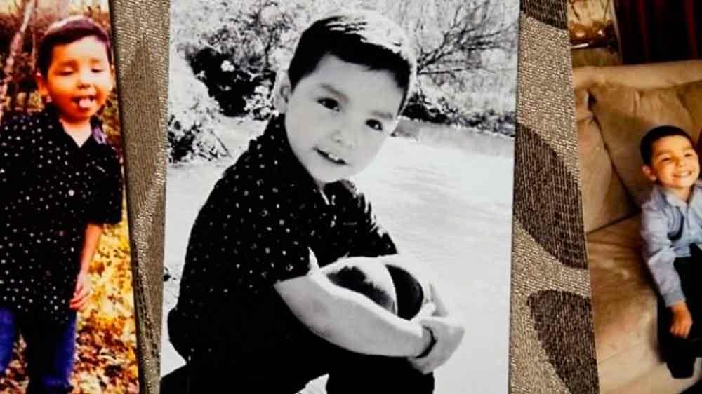 Niño de 4 años muere ahorcado en el probador de una tienda