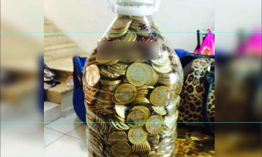 Reto de los 10 pesos: Llegó con una botella de Bonafont y sacó un carro de agencia en Tijuana