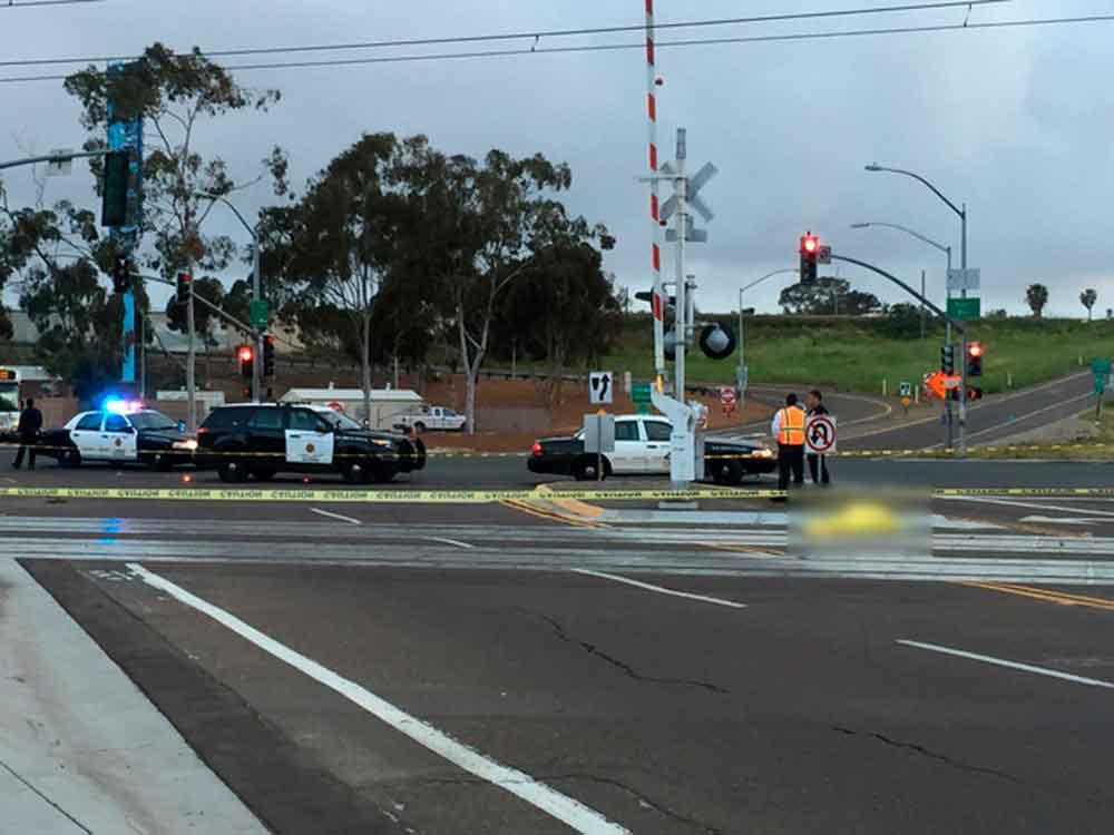 Muere hombre al ser atropellado por Trolley en San Diego