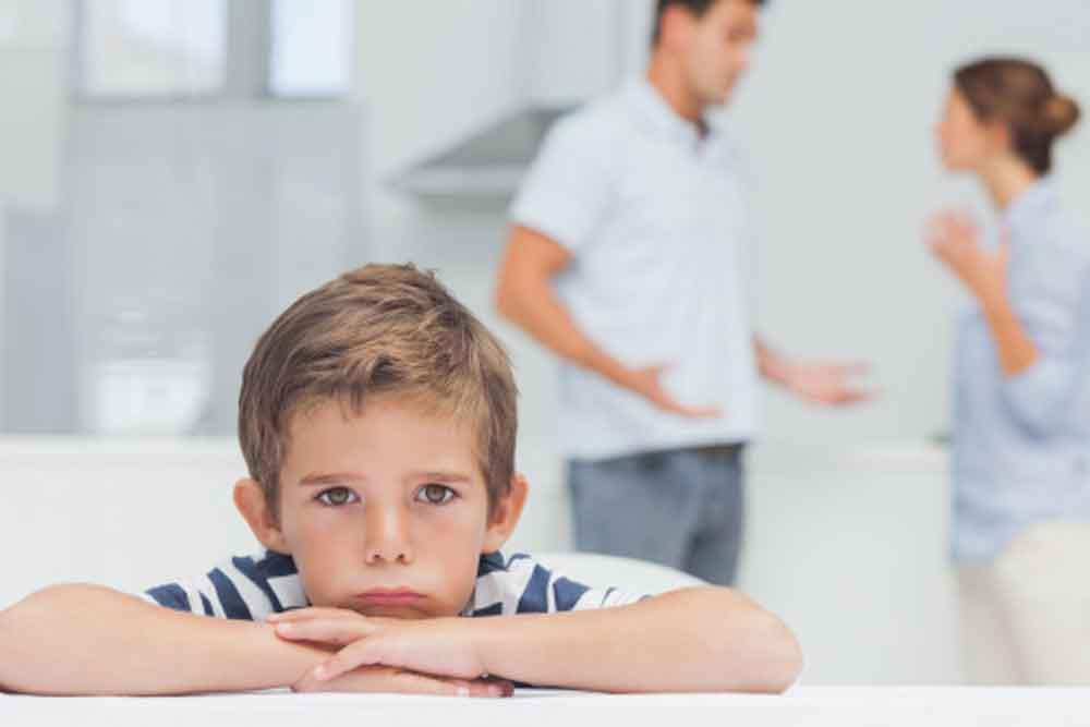 Niños con déficit de lenguaje, ligado a la desatención de los padres