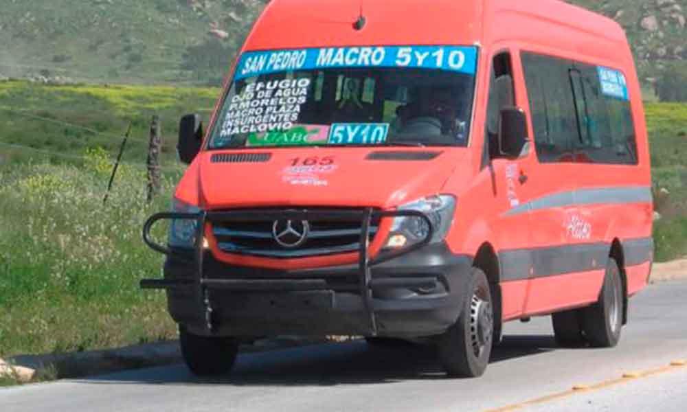 Conflicto entre transportistas afecta a estudiantes de UABC Valle de Las Palmas
