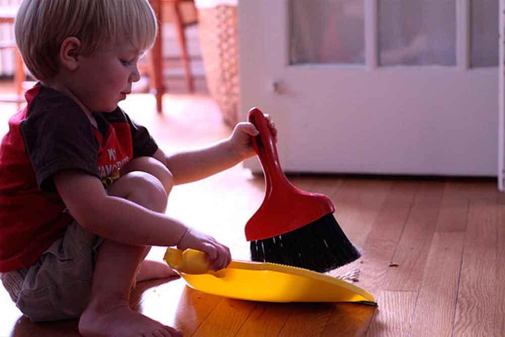 Los niños que realizan tareas domésticas son más exitosos