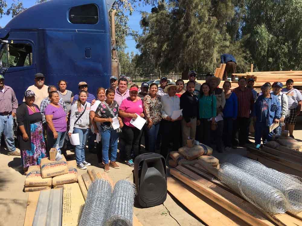 Llevan programa de seguridad alimentaria a la zona rural de Tecate