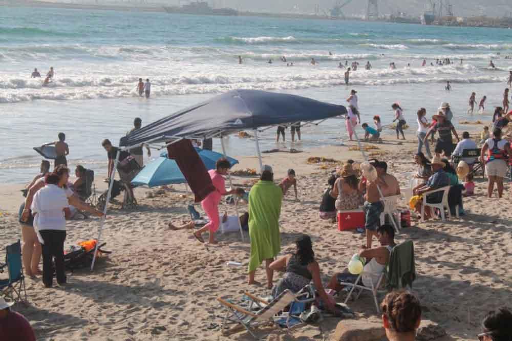 Anuncian cierre de Playas de Ensenada por contaminación
