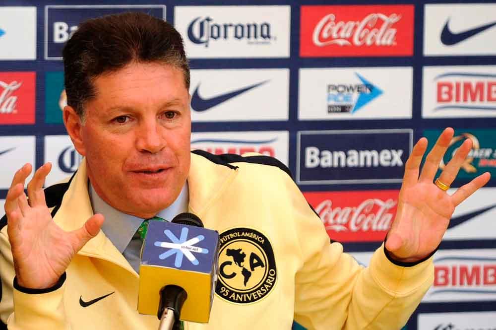 Ricardo Peláez se va del América al final del torneo