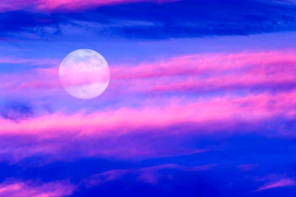 """Prepárate: La """"Luna Rosada"""" iluminará el cielo esta semana"""