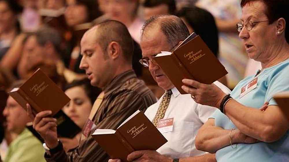 """Rusia prohibe por """"extremista"""" la actividad de los Testigos de Jehová"""