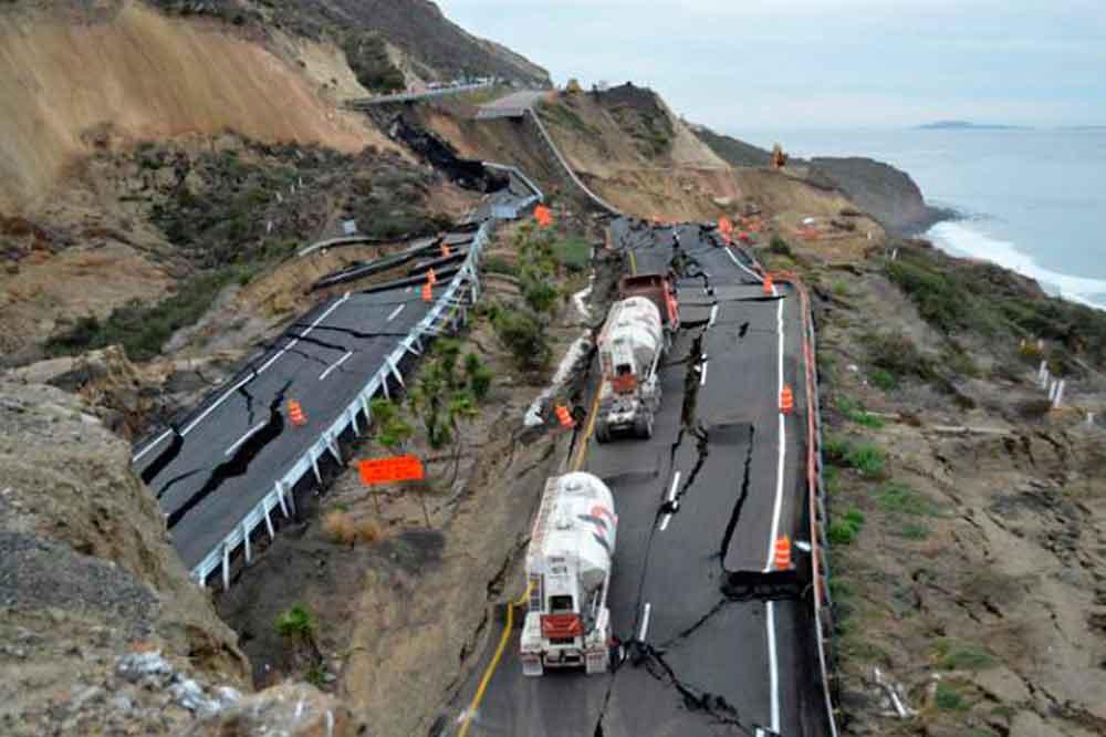 Descubren nuevas fracturas en carretera Tijuana-Ensenada