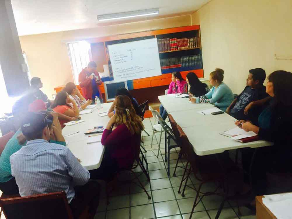 Inicia Marina Calderón curso intensivo de nivelación académica a estudiantes