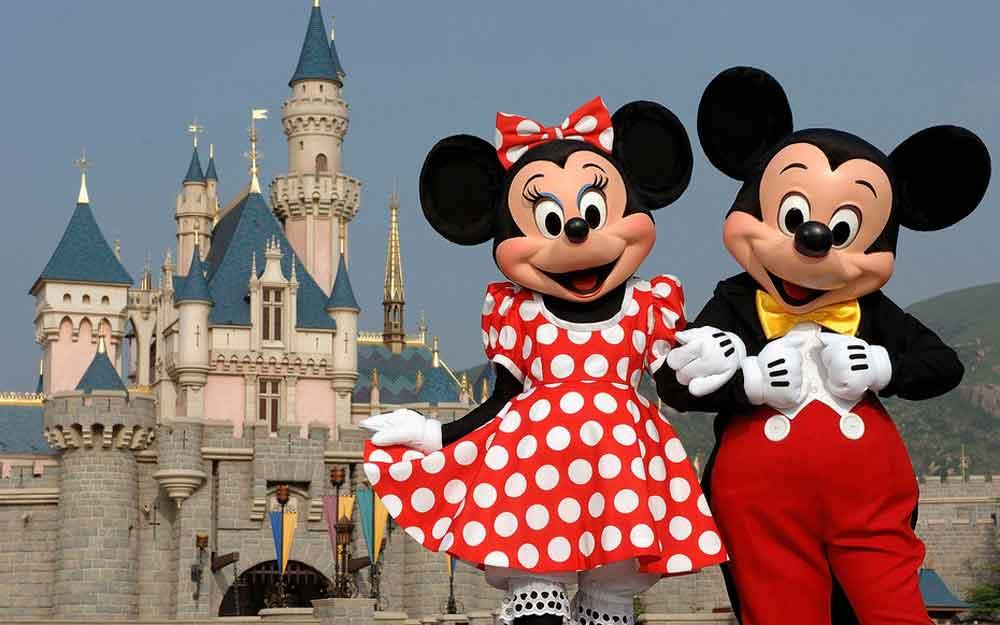 Estudiantes de UABC podrán realizar prácticas profesionales en Disneyland