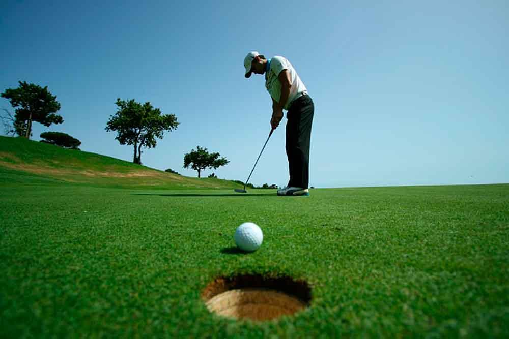 """Anuncian Torneo de Golf """"Copa Toyota"""" a favor del Club de Niños y Niñas"""