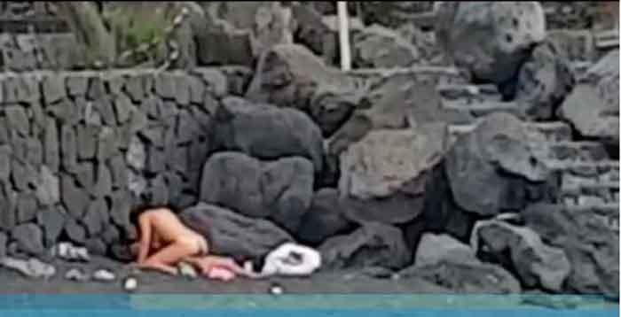 Videos de sexo en la playa Swinger